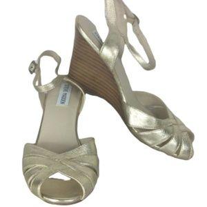 Steve Madden Abstrakt Gold Wedge Heels  7.5